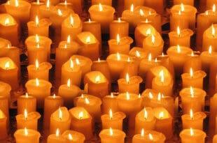 neue Kerzen und Halter